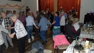 Barn Dancing (2)