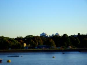 Gravesend (2)