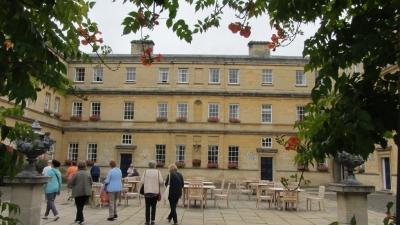 2019 Oxford Trinity College (8)